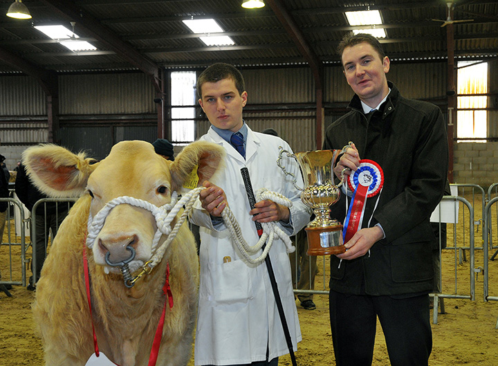 Supreme Champion Mortimers Icemaiden with Angus McLean & judge Bruce Campbell