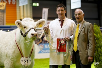 David Lodder of Lodders Soliciors sponsored a heifer class won by Sportsmans Infanta